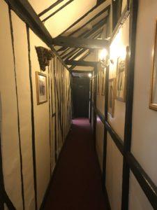 ライの観光スポットマーメイド・インの廊下の様子