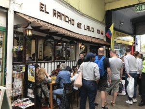 ブリクストンマーケットにある行列のできる人気店