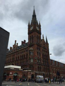 ロンドンのセント・パンクラス駅