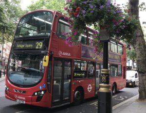 ロンドンの2階建バス